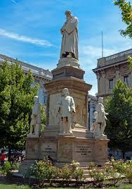 Risultato immagini per statua piazza della scala